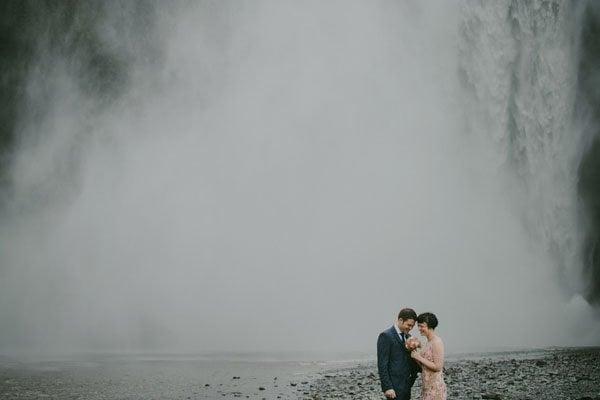 iceland-real-wedding-m&Jstudios-011