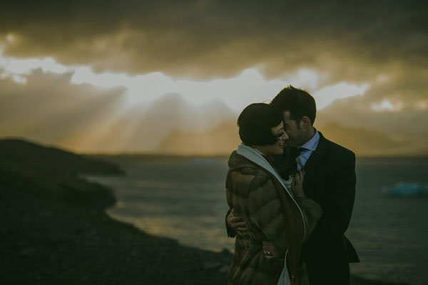 iceland-real-wedding-m&Jstudios-015