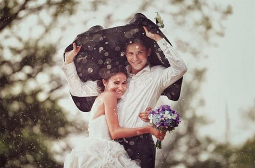 Rainy Day Wedding Photos