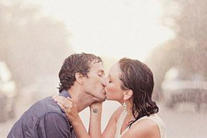 11 Reasons Why We Love Rainy Wedding Days