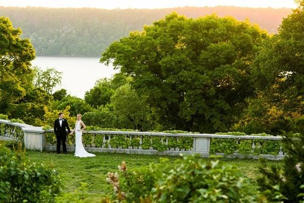sarah tew photography wave hill real wedding