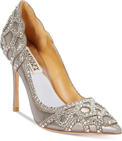 winter wedding shoes 14 winter wedding shoes we want 1448