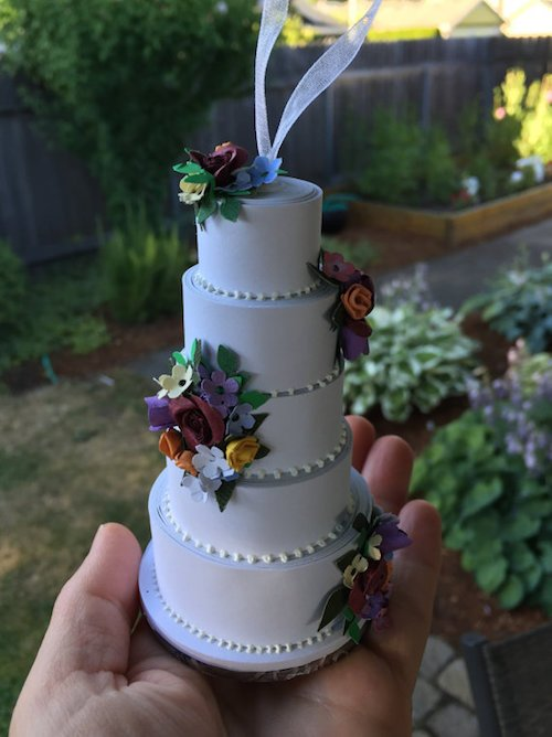 picture of wedding cake made into ornament how to turn your wedding cake into an ornament 18367