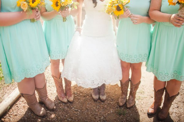 north-carolina-real-wedding-casey-hendrickson-pho-004