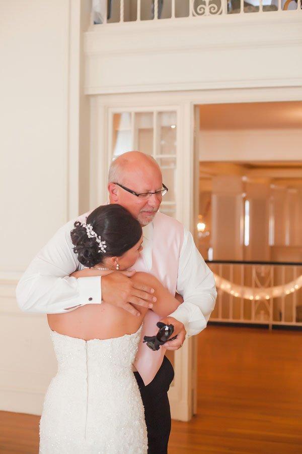 casey-hendrickson-photography-real-wedding-north-c006