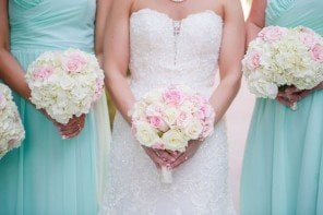 How To Save Money On Your Wedding Flowers