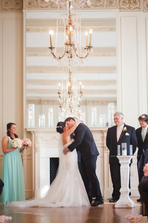 casey-hendrickson-photography-real-wedding-north-c032