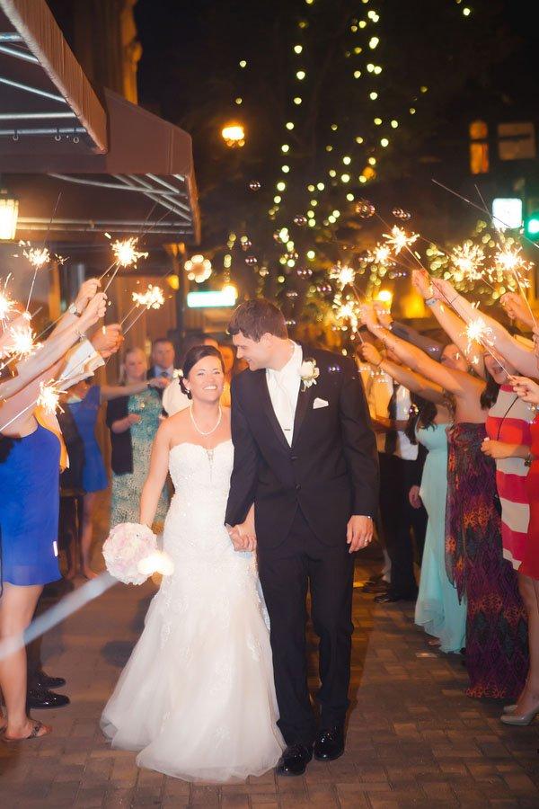 casey-hendrickson-photography-real-wedding-north-c047