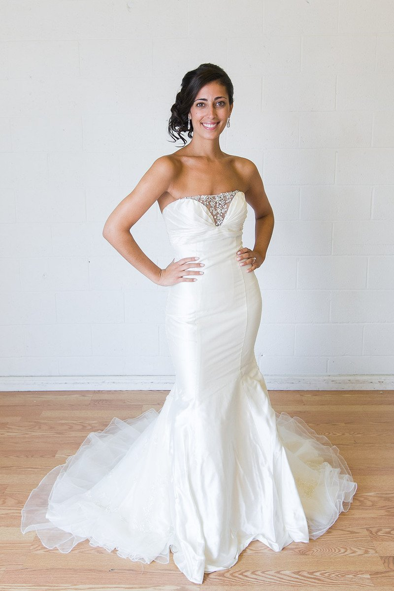 Wedding Trends: Renting Your Wedding Dress