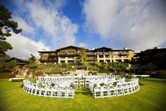 The best wedding venues for Malibu rocky oaks estate vineyards wedding cost