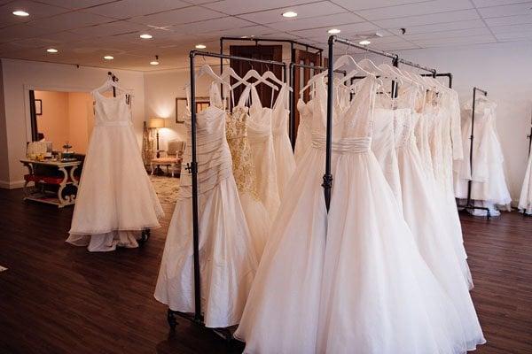 wedding-dress-trends-dream-bridal-004