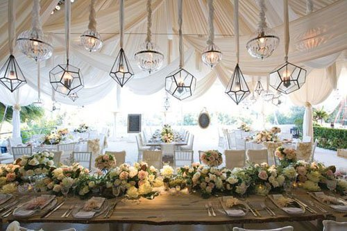 15 amazing ideas for gorgeous wedding tents for Wedding tent layout tool