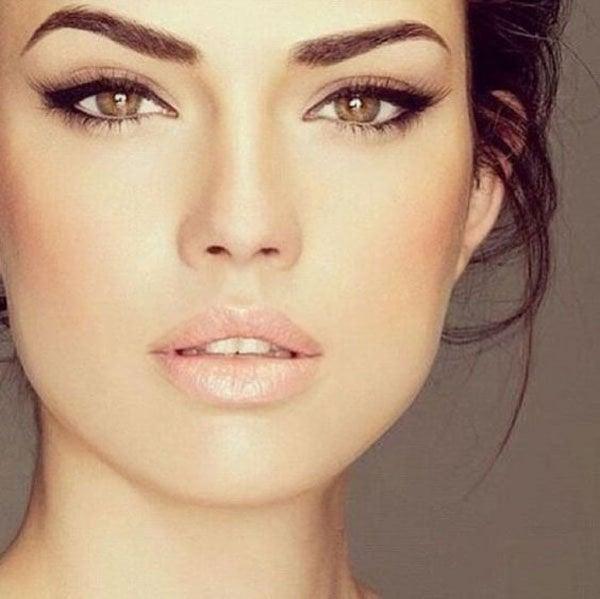 8 Ways To Rock Dramatic Eye Makeup At Your Wedding