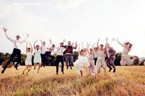 15 Group Wedding Photos You Have to Get!
