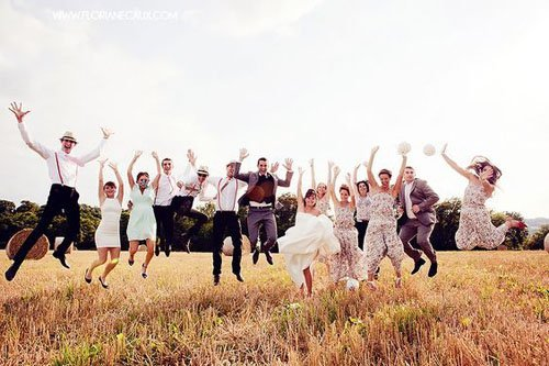 15 Super Cute Group Wedding Photo Ideas