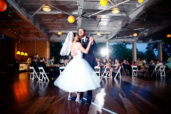 How to find the right wedding dj for your music tastes wedding dj junglespirit Image collections