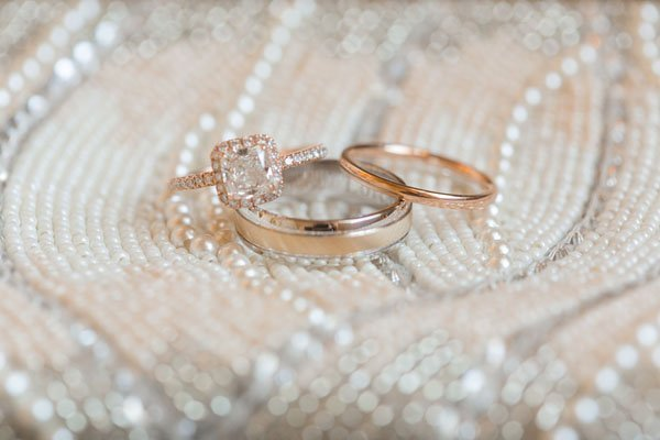 20 gorgeous wedding bands for her photo by arte de vie