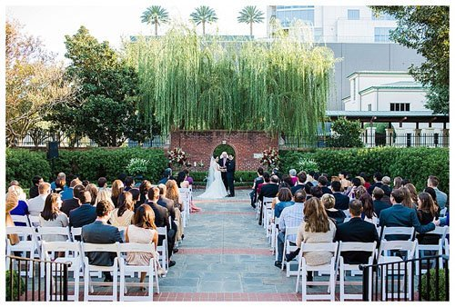 7 unique wedding venues in houston to say i do in for Garden oaks pool houston