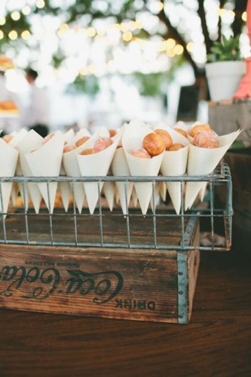 6 Delicious Ideas For The Wedding Dessert Table