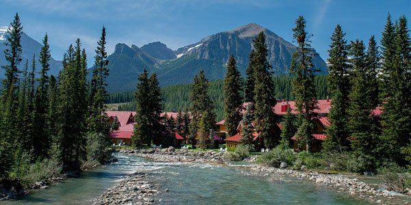 Amazing Honeymoon Destinations In North America - North americas 9 most scenic lakes