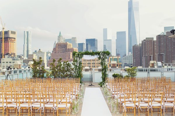 Wedding venue review tribeca rooftop in new york city for Unusual wedding venues nyc