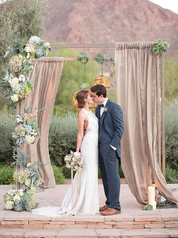 10 wedding arches for every theme and style