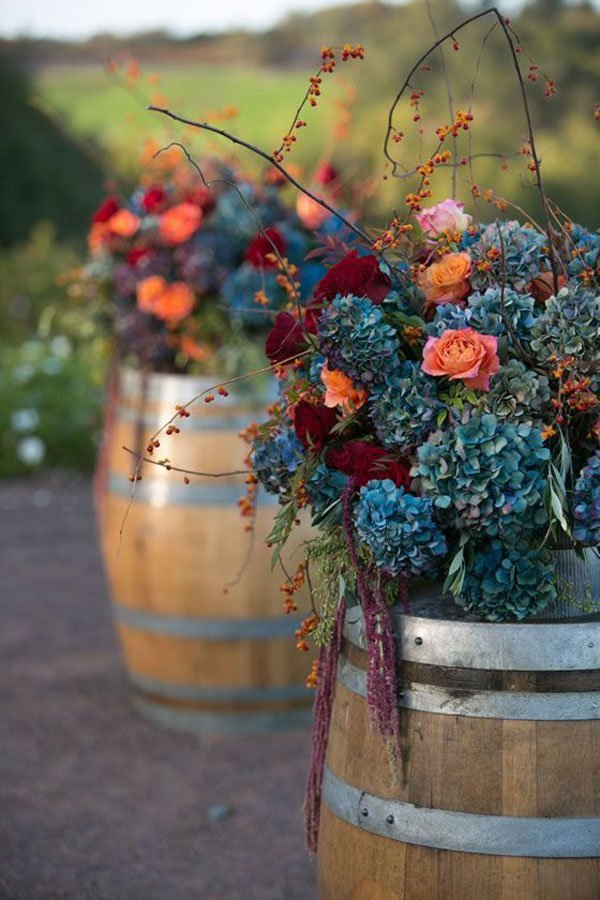 10 ideas for fall wedding flowers that will make your wedding pop fall wedding flowers junglespirit Choice Image