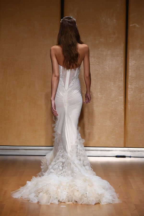 inbal-dror-fall-2017-wedding-dresses-043