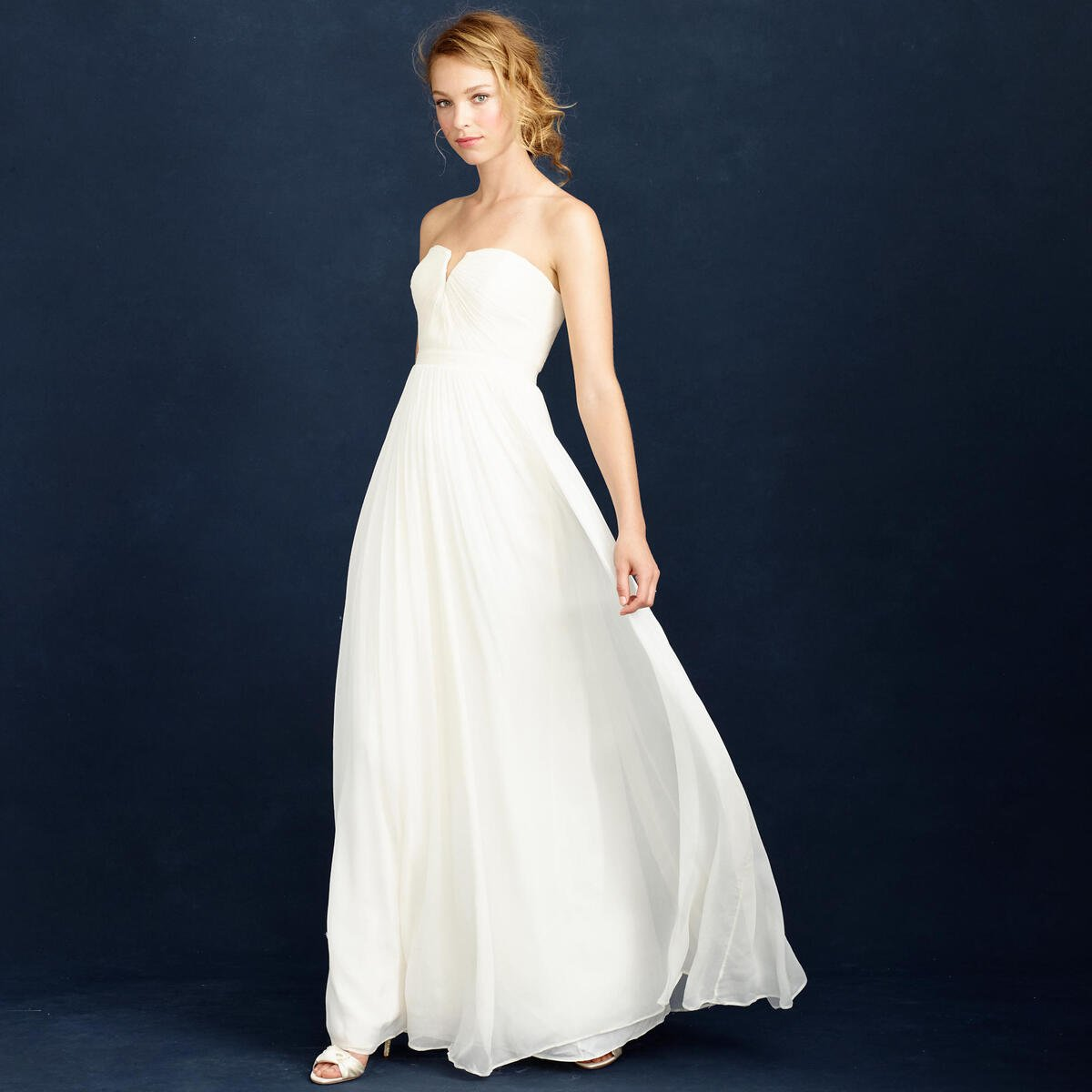 J Crew Is Getting Rid Of It S Bridal Line But Now Everything Is On Sale Woman Getting Married