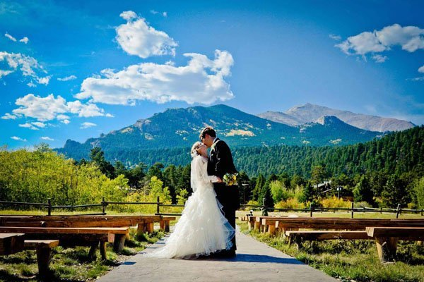 Wedding venue review wild basin lodge event center for Best colorado wedding venues