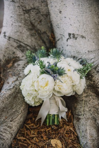 Design by HoneyFitz Events. Photo by Heidi Ryder Photography. Flowers by Garden Florists.