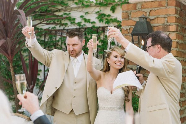 How To Dance At A Wedding.Not Having A First Dance Or Even Toasts Here S How To Keep