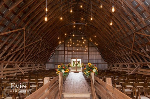 arrington vineyards wedding venue tennessee 008 - wedding barn rental