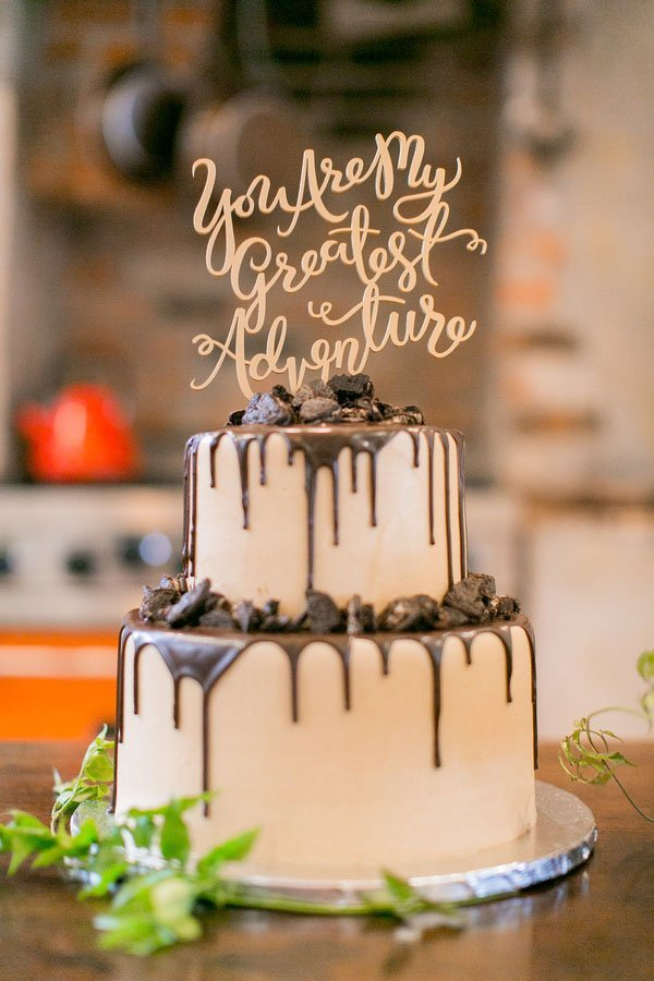 10 Wedding Cake Toppers for Every Type of Wedding | Woman ...