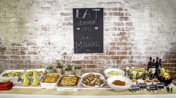 How To Throw An Easy Italian Rehearsal Dinner For Your Wedding
