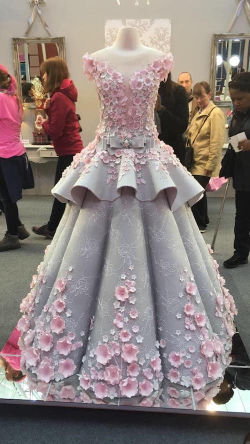 This Baker Turned a Wedding Dress Into a Cake Woman Getting Married