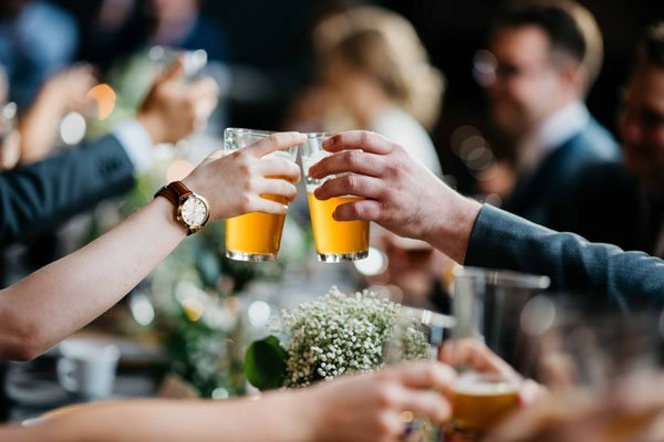 Wedding Alcohol Calculator How Much Alcohol To Buy For Your Wedding