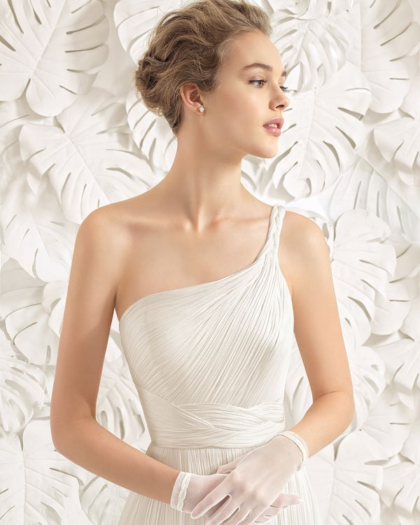 8ea02516a These are the 37 Most Popular Wedding Dress Styles
