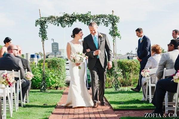 white elephant wedding