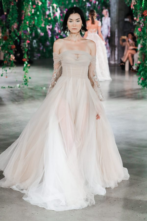 First look galia lahav fall 2018 wedding dress collection Wedding dress designer galia lahav