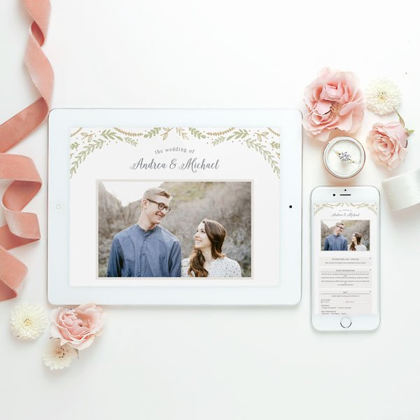 make sure your wedding website has these 8 things