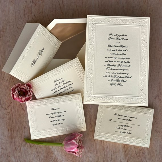 different types of wedding invitations