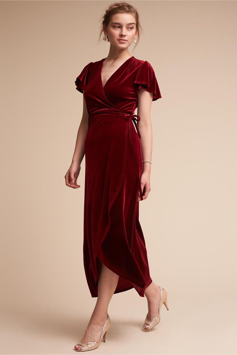 10 Velvet Bridesmaid Dresses You Ll Crush Over Woman Getting Married
