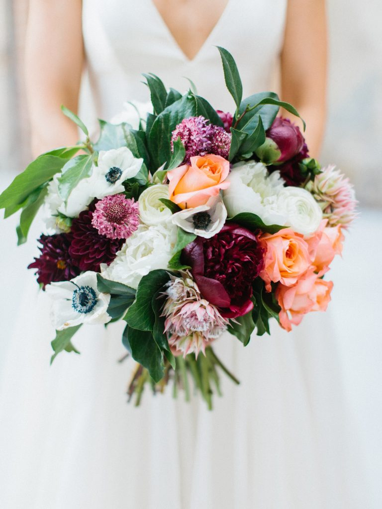 16 Wedding Bouquets That Are Perfect for Fall