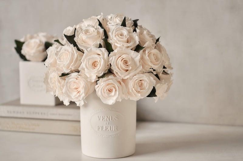 venue et fleur anniversary gift flowers